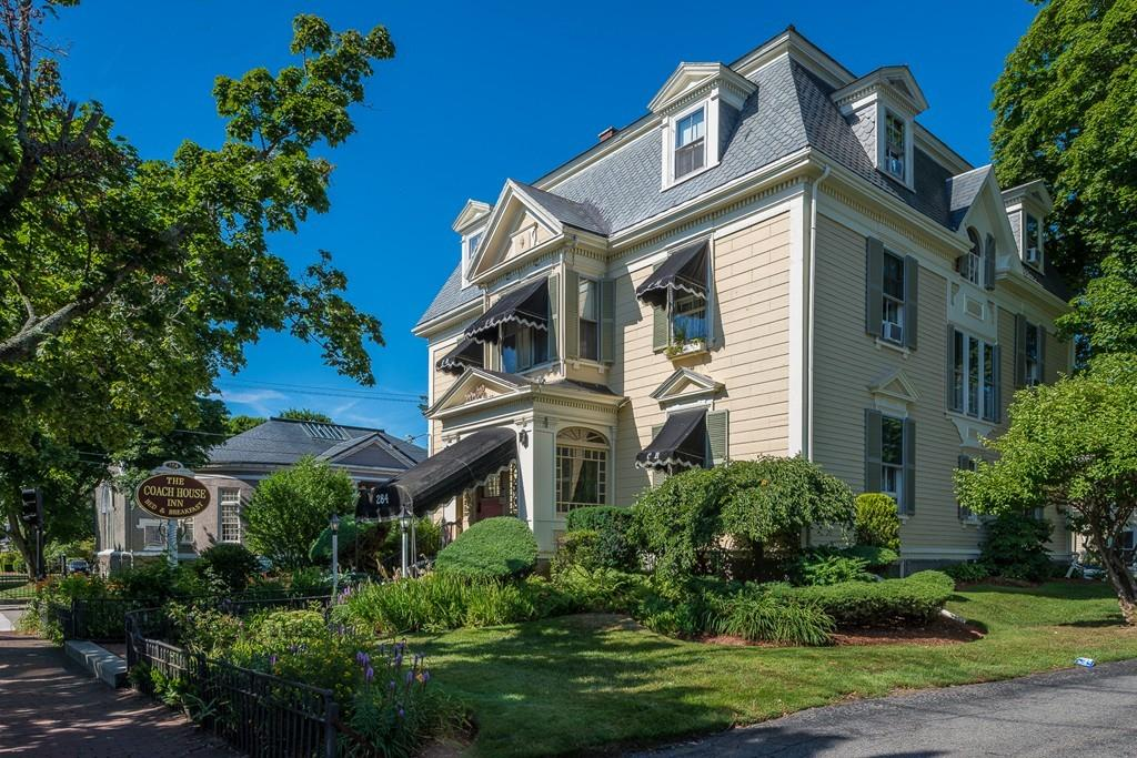 284 lafayette st salem ma 01970 for sale re max for Ma home builders
