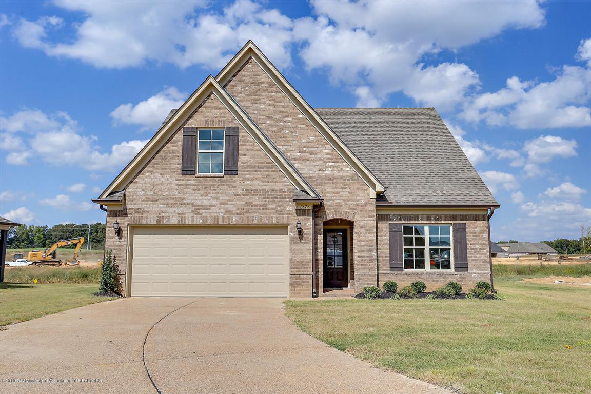 2657 N Dawnwood Circle Southaven Ms 38672 For Sale Re Max